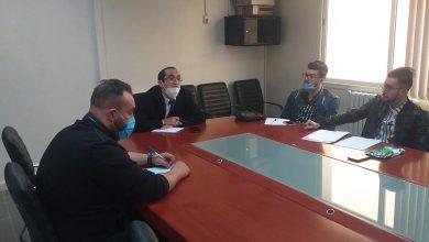 Photo of الدكتور محمد يونسي يستقبل أعضاء المكتب الولائي للرابطة الوطنية للطلبة الجزائريين